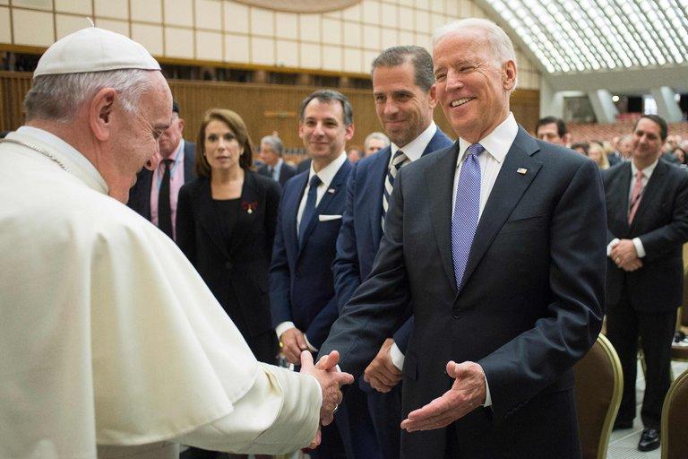 Phó TT Hoa Kỳ Joe Biden phát biểu tại hội nghị y học tái sinh được tổ chức bởi Vatican